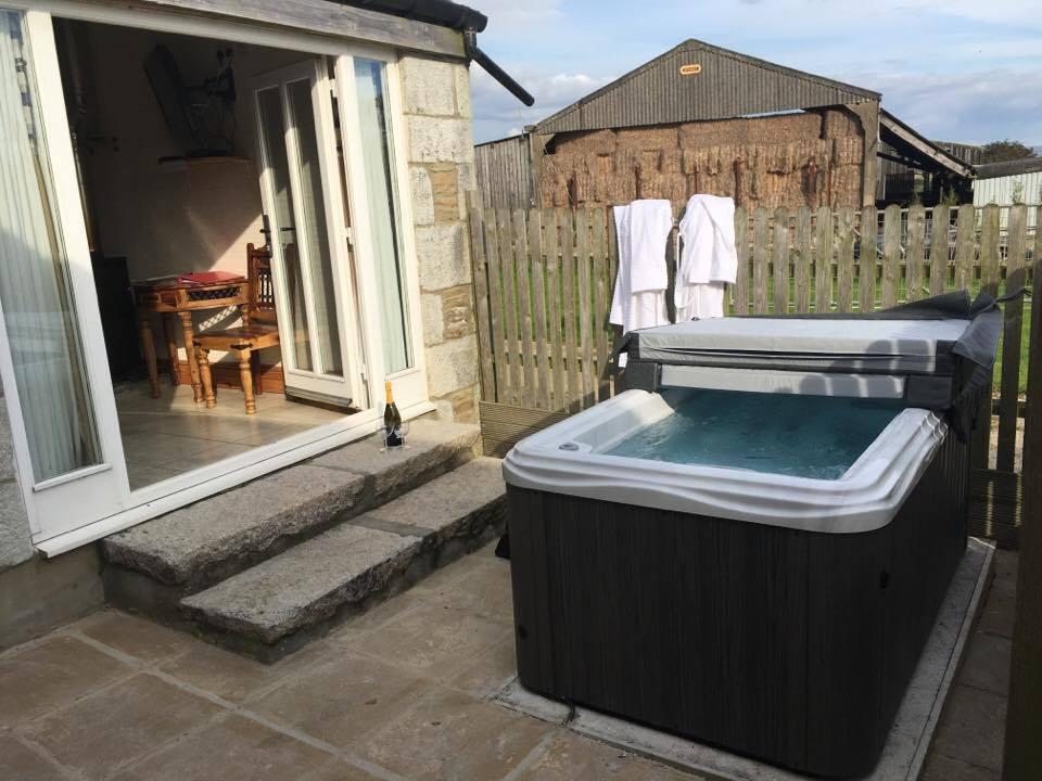 The Kocha Private Hot Tub